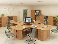 Кабинет на 4 рабочих места  с фигурными столами